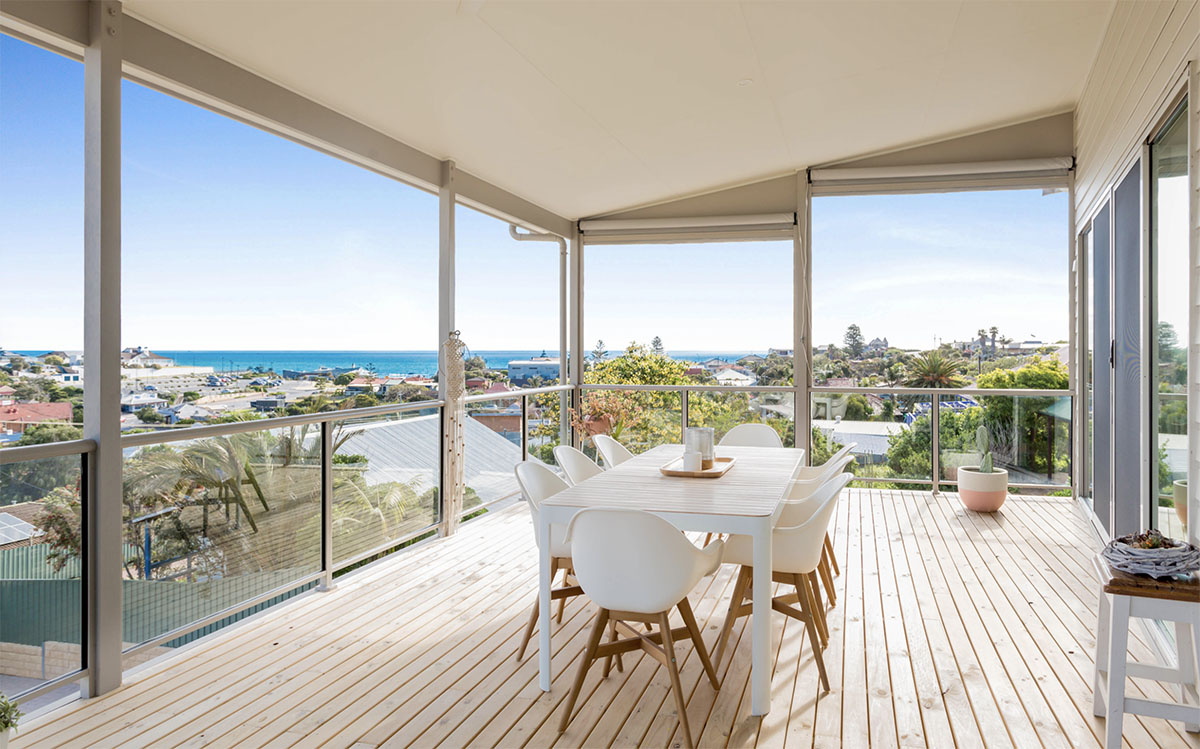 Custom Home, New Home, Family Home, Design, Builders, Two Storey, Port Noarlunga, Fleurieu, Ocean View, Decking, Glass Balustrades, Outdoor Blinds, Outdoor Living