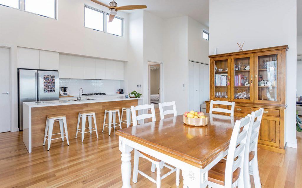 Custom Home, New Home, Family Home, Design, Builders, Two Storey, Port Noarlunga, Fleurieu, Kitchen, High Ceilings, Gas Stove Top, Splashback