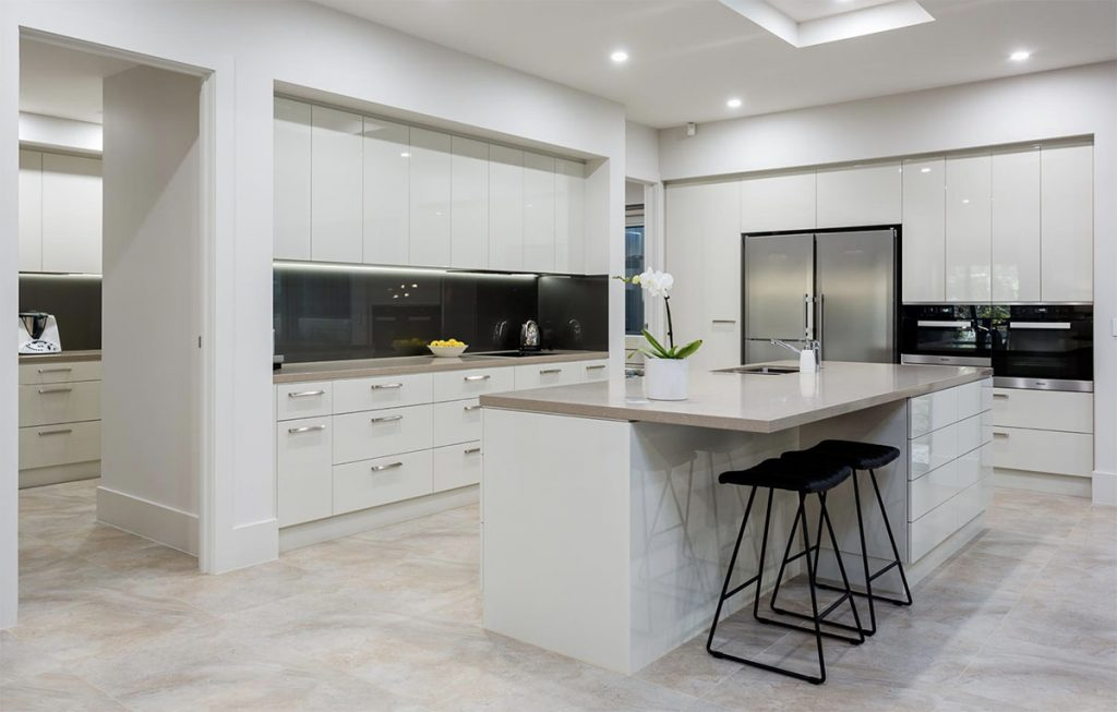 Custom Home, New Home, Family Home, Design, Builder, Single Storey, Blackwood, Adelaide Hills, Kitchen, Induction Stove Top, Stone Counter Top, Drawers