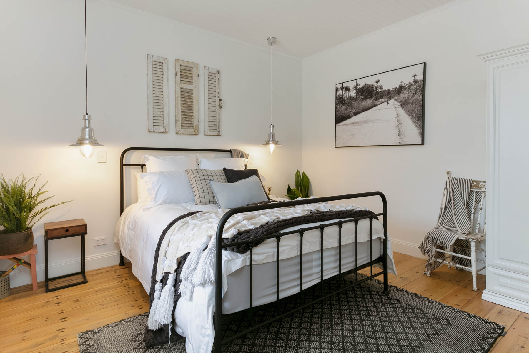 Renovation, Restoration, Extensions, Design, Builders, Goolwa, Fleurieu, Cottage, Award Winning, Luxury Bedroom, Feature Light, Wooden Floors