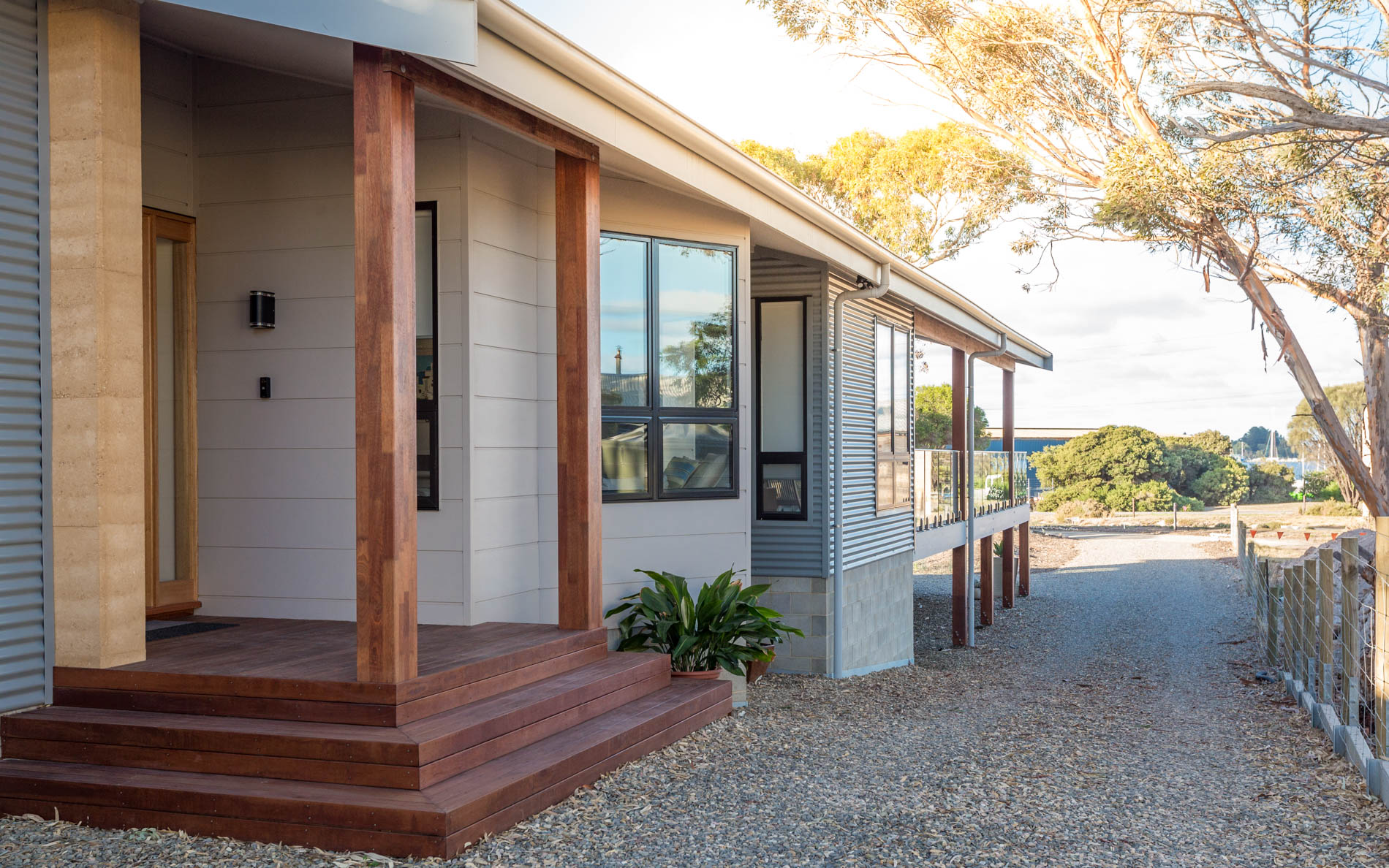 New Home, Custom Home, Family Home, Design, Builders, Award Winning, Single Storey, Goolwa, Fleurieu, Entry, Steps, Driveway, Balustrades