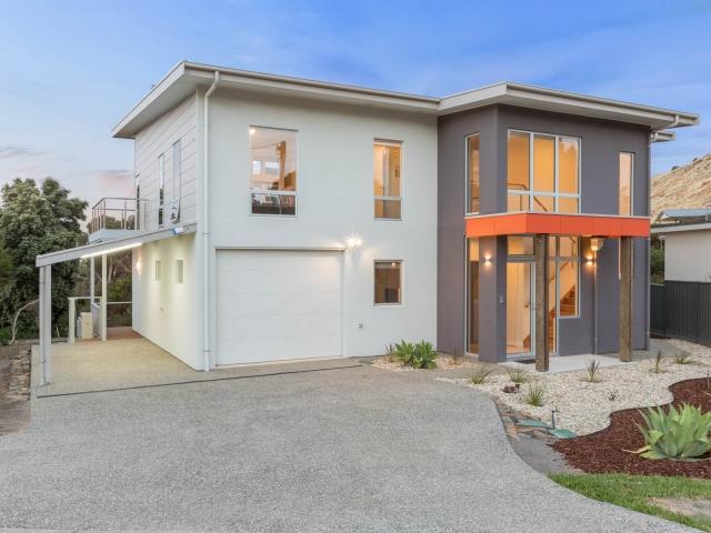 Builders, Home Builders, New Home Builders, Custom Home Builders, Custom New Home Builders, Two Storey Home Builders, Family Home Builders, Home Building Designs, Designs, Carrickalinga, Fleurieu, Front View