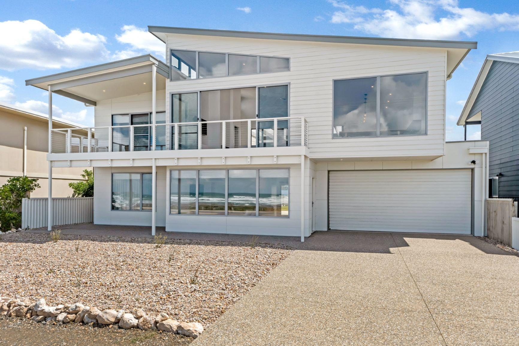 Family Home, Custom Home, New Home, Two Storey, Builders, Design, Middleton SA, Fleureiu, Roller Door, Balustrades, Large Windows