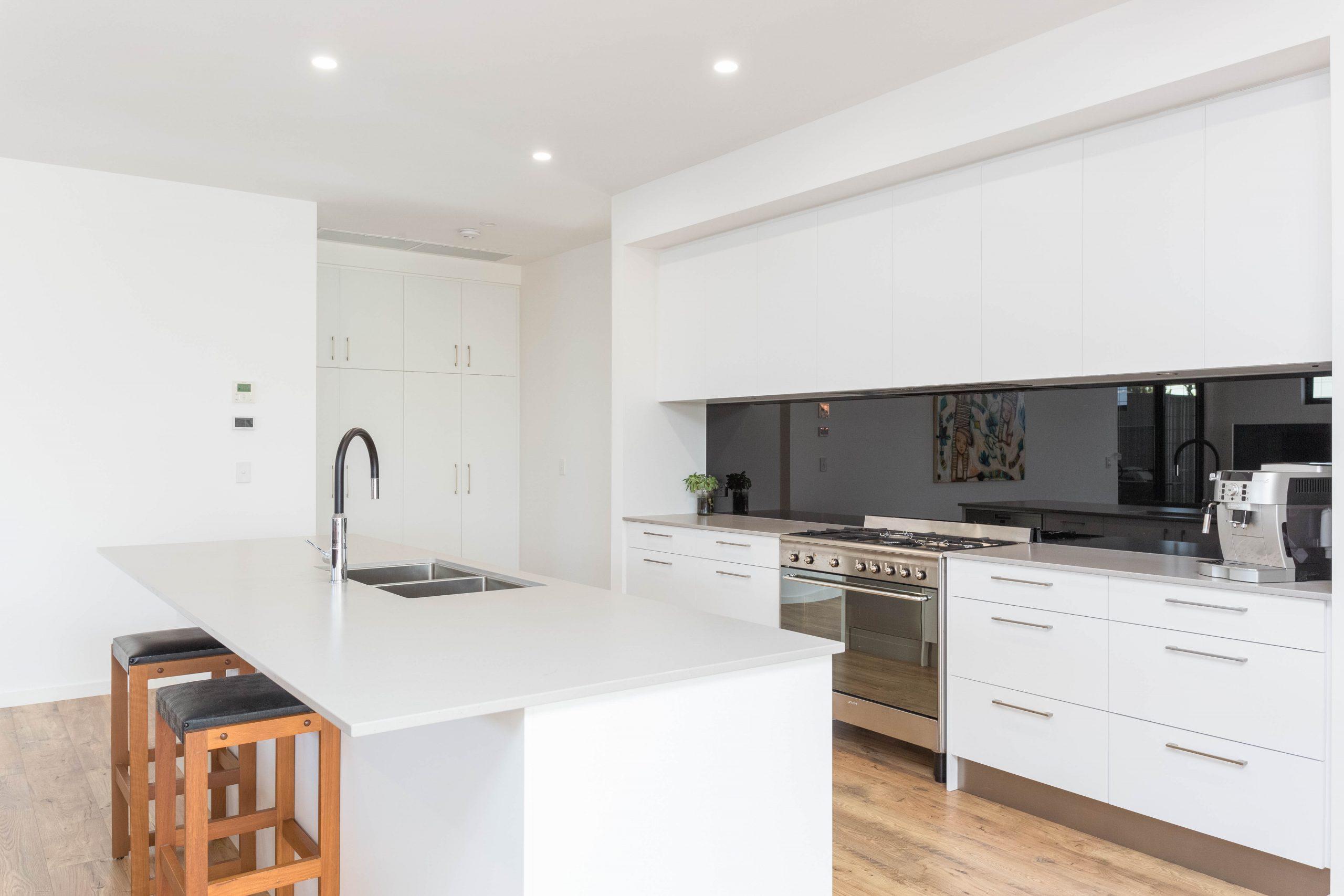 Custom Home, New Home, Single Storey Home, Builders, Design, Port Elliot, Fleurieu, Kitchen, Gas Stove Top, Splashback, Modern